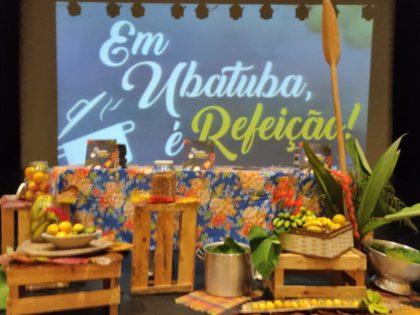 Autógrafo do Livro das Merendeiras: Em Ubatuba, é Refeição!